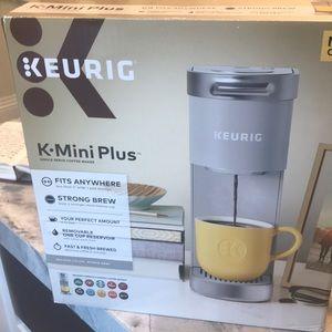 KEURIG K Mini plus single serve coffee maker